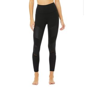 NEW Alo Yoga 7/8 Moto Leggings in Black